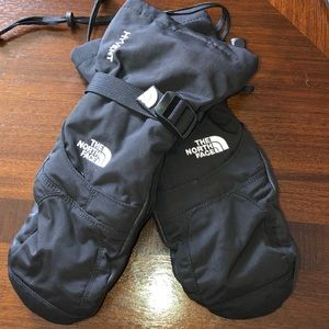 North face winter gloves